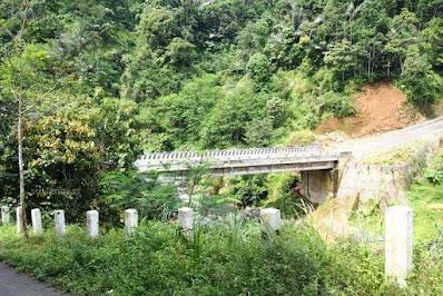 jembatan baru di jalan ke rancabuaya