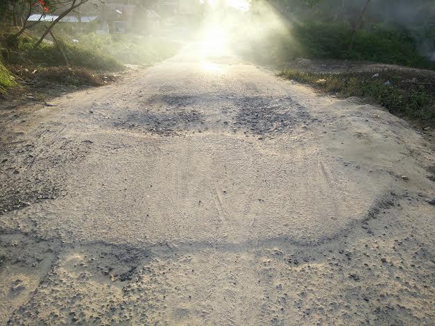 Ruas Jalan Desa Sindang Marga Kabupaten Muba Rusak Parah