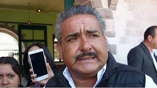 Video: Alcalde priista llama traidores a pobladores que votaron por Morena
