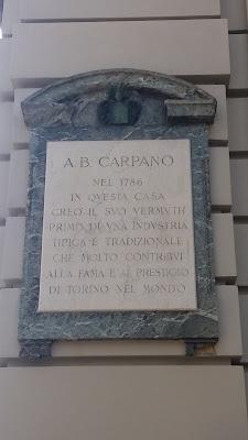 Piazza Castello,Torino vermuth