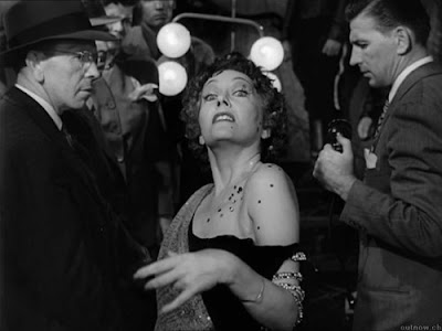 Sunset Blvd. (1950), starring Gloria Swanson, Directed by Billy Wilder