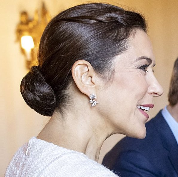 Crown Prince Frederik and Crown Princess Mary met with President Sergio Mattarella. Prada nude pointed toe pumps. Ole Yde dress