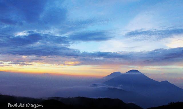 sunrise gunung prau dieng