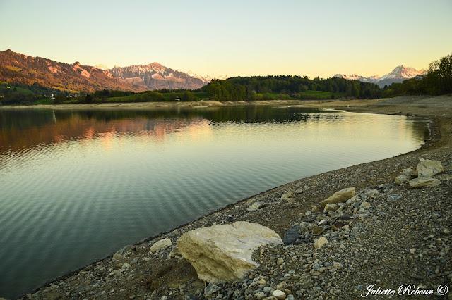 Lac de Gumefens en Suisse