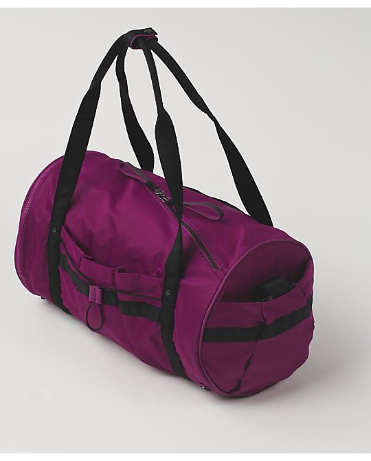lululemon run ways-duffel