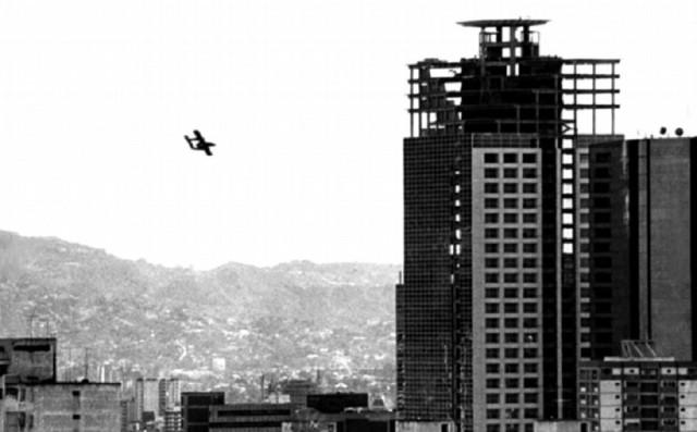 Qué ocurriría en Venezuela si un avión lanza una bomba sobre Maduro en plena reunión de Ministros?