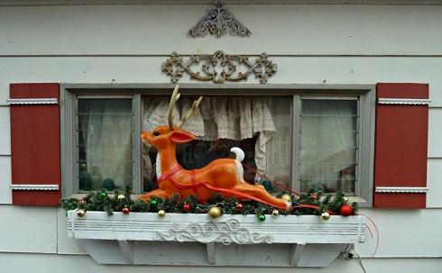 Decoraci n de navidad para fachadas colores en casa - Botas paredes ciervo ...