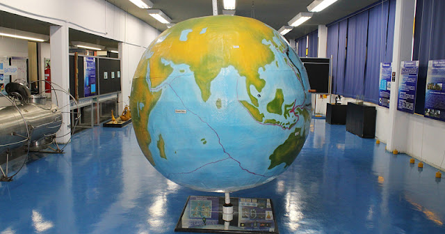 Curso presencial gratuito de Oceanografia na USP