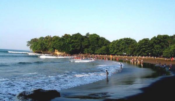 Gambar Wisata Pantai Batu Karas Pangandaran
