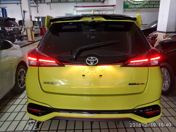 new yaris TRD warna citrus