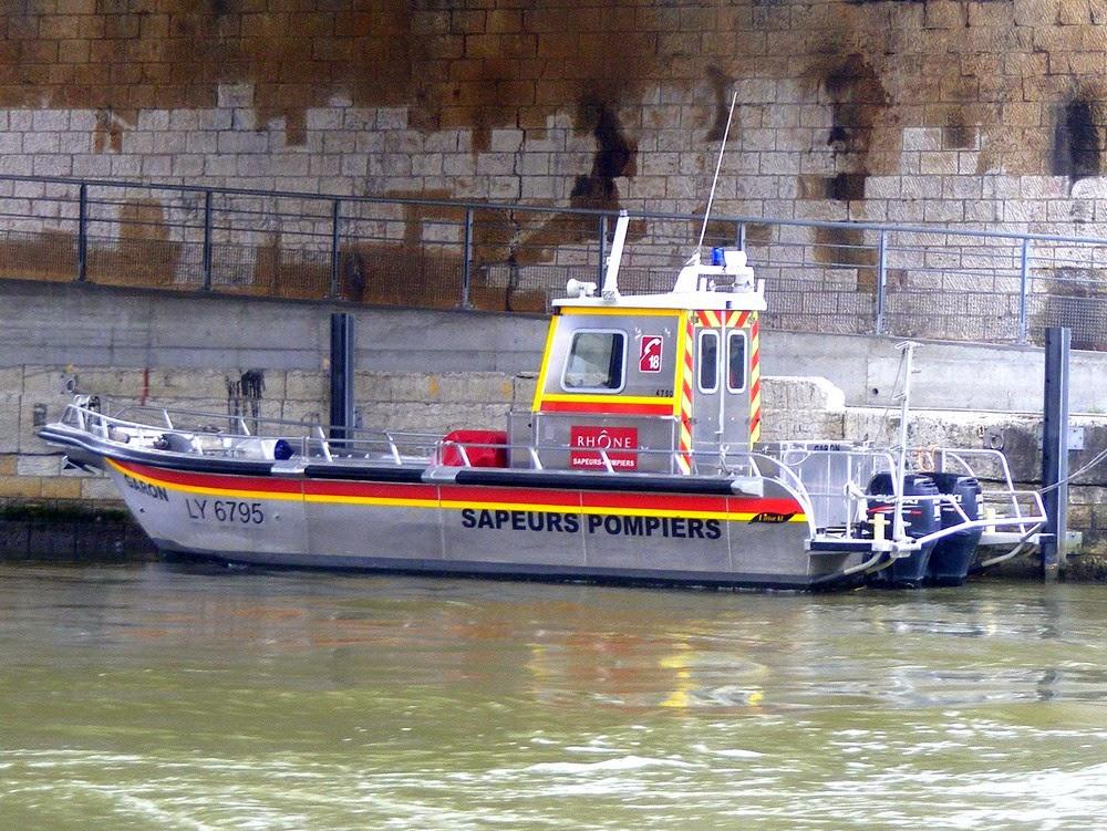 bateau+sécurité+pompiers+lyon