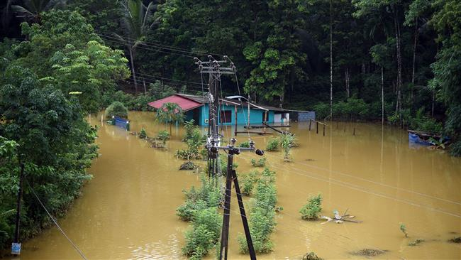 Mudslides, floods kill over 200 in Sri Lanka