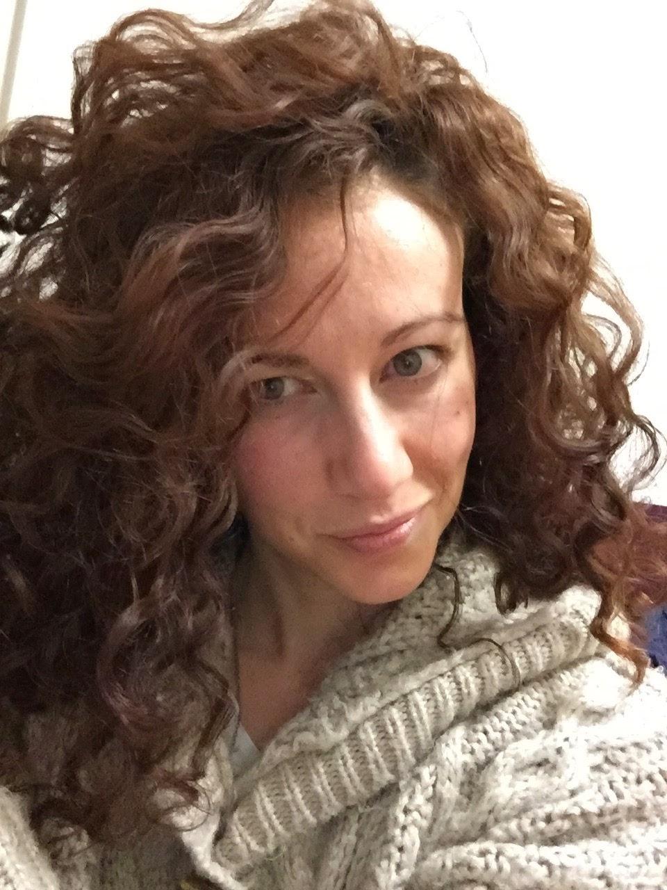 Styling capelli ricci con crema corpo