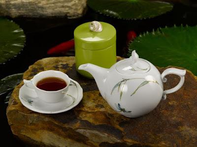 Bộ ấm chén trong văn hóa uống trà của người Việt Nam - www.TAICHINH2A.COM