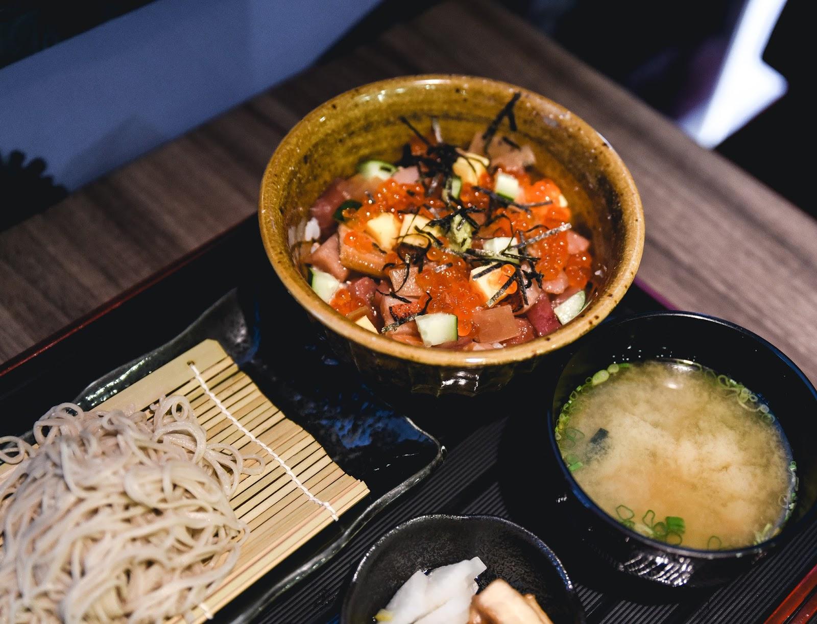 chirashi don, sashimi, singapore, zipang