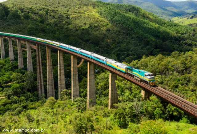 Viagem no Trem da Vale: Vitória(ES) para Minas Gerais