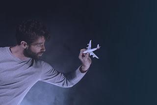 """BU21"" του Stuart Slade, σε σκηνοθεσία Θοδωρή Βουρνά."