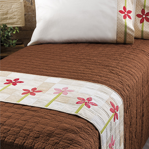 Bed Runner & Pillowcase Quilt Free Pattern