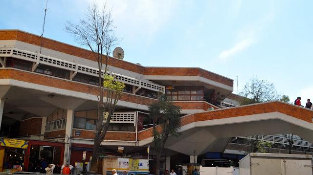 fachada mercado san juan de dios