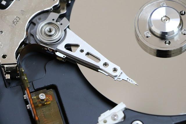 Bagaimana Cara Mengganti Huruf Partisi Hard disk