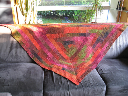 Ten Stitch Triangle - Free Pattern