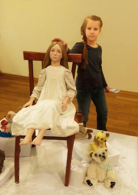 """Выставка авторской куклы в Самаре """"Куклы. Эмоции. Чувства."""",Татьяна Малушкина (Самара) """"Не бойся, я с тобой!"""""""