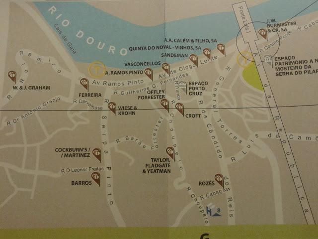 Na mapie zaznaczone ważniejsze winiarnie Porto w Vila Nova de Gaia.