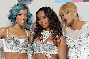 The Group TLC collects funds for the new album in return for a party