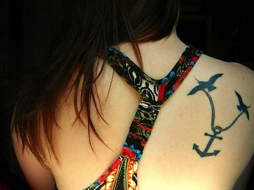 kuşlar ve çapa dövmesi back birds and anchor tattoos