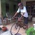 Ari Sriyono Warga Sajen Pencipta Sepeda dari Limbah Kayu.