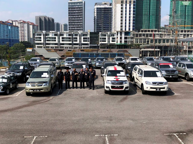 Perhatian pemilik Hilux - Polis tumpaskan sindiket curi dan rampas 20 Toyota Hilux