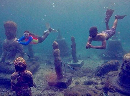 Candi di Dasar Laut Bali 4
