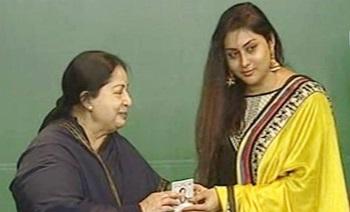 Actress Namitha join ADMK in presence of Jayalalithaa at Trichy