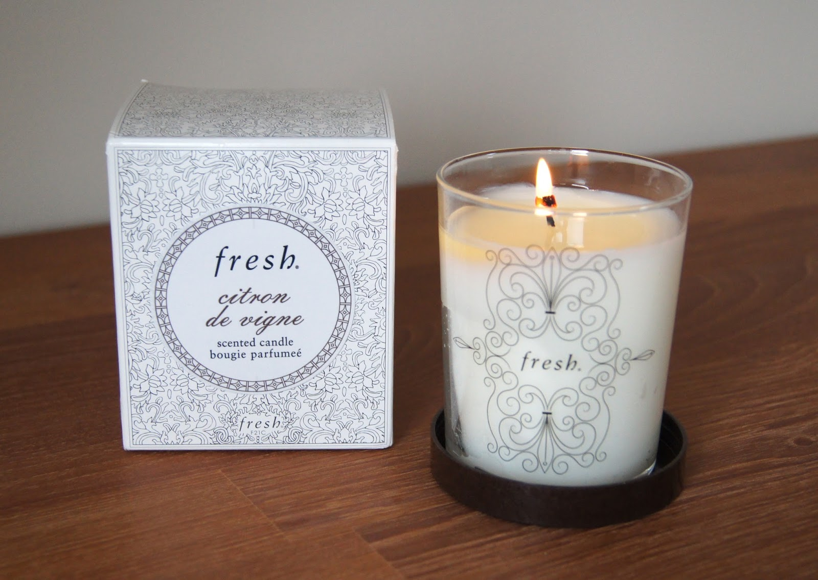 fresh scented candles citron de vigne burning candle review