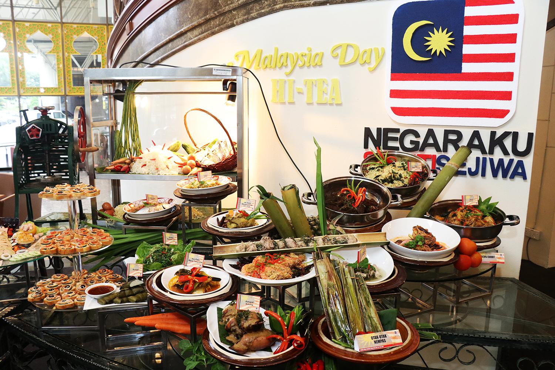 Pleasing Follow Me To Eat La Malaysian Food Blog Grand Bluewave Home Interior And Landscaping Mentranervesignezvosmurscom