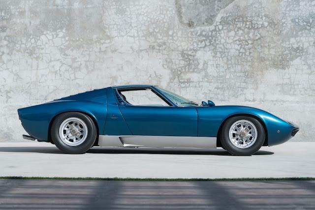 Lamborghini Miura 1970s Italian classic supercar