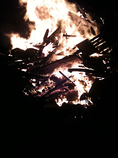 bonfire, community