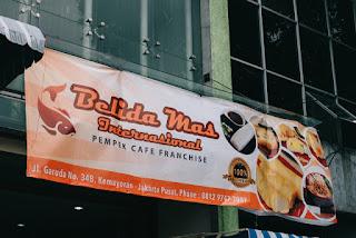 5 Tempat Makan Paling Rame Banget Di Jakarta