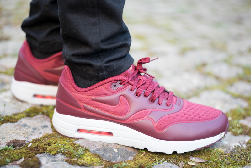 Nike Air Max 1 Ultra SE Trainers Red
