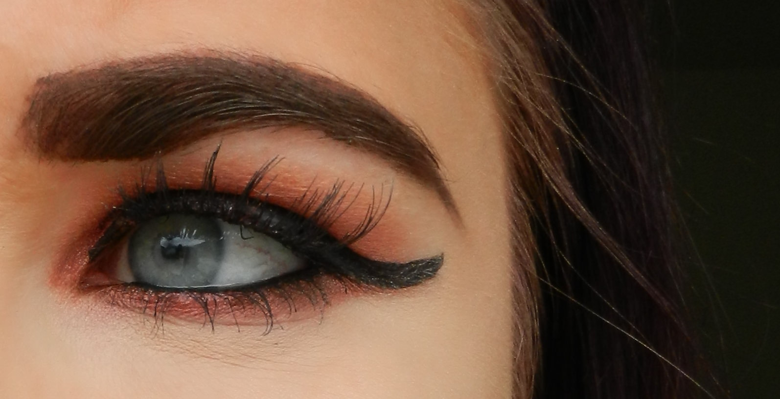 Urban Decay Afterdark Supersonic Eyeshadow Makeup look