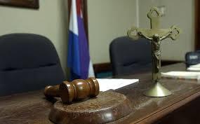 Ministerio Público obtiene seis meses de prisión preventiva contra exfiscal y cuatro agentes DNCD