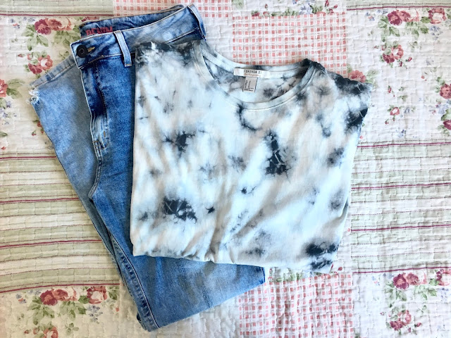 letmecrossover_let_me_cross_over_blog_michele_bloggeR_fashion_haul_clothes_c&a_europe_stores_forever_21_forever21_new_pieces_style_bloggers_light_wash_jeans_sale_