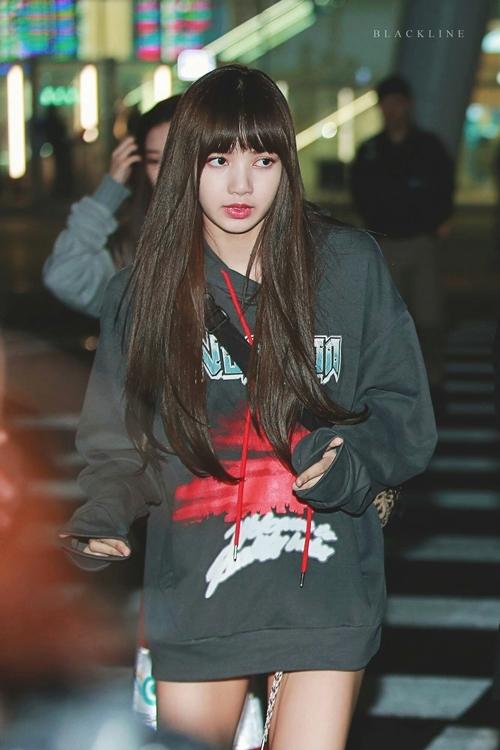 Blackpink Lisa Fashion