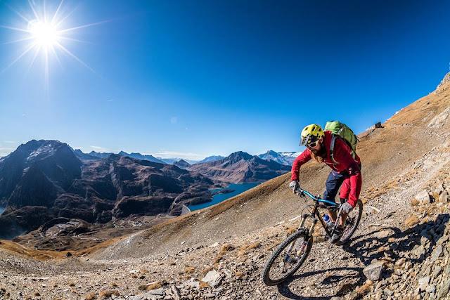 Mountainbiken im Flow Valley