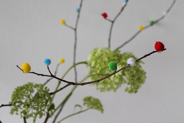 Magnolien und DIY PomPom Zweige