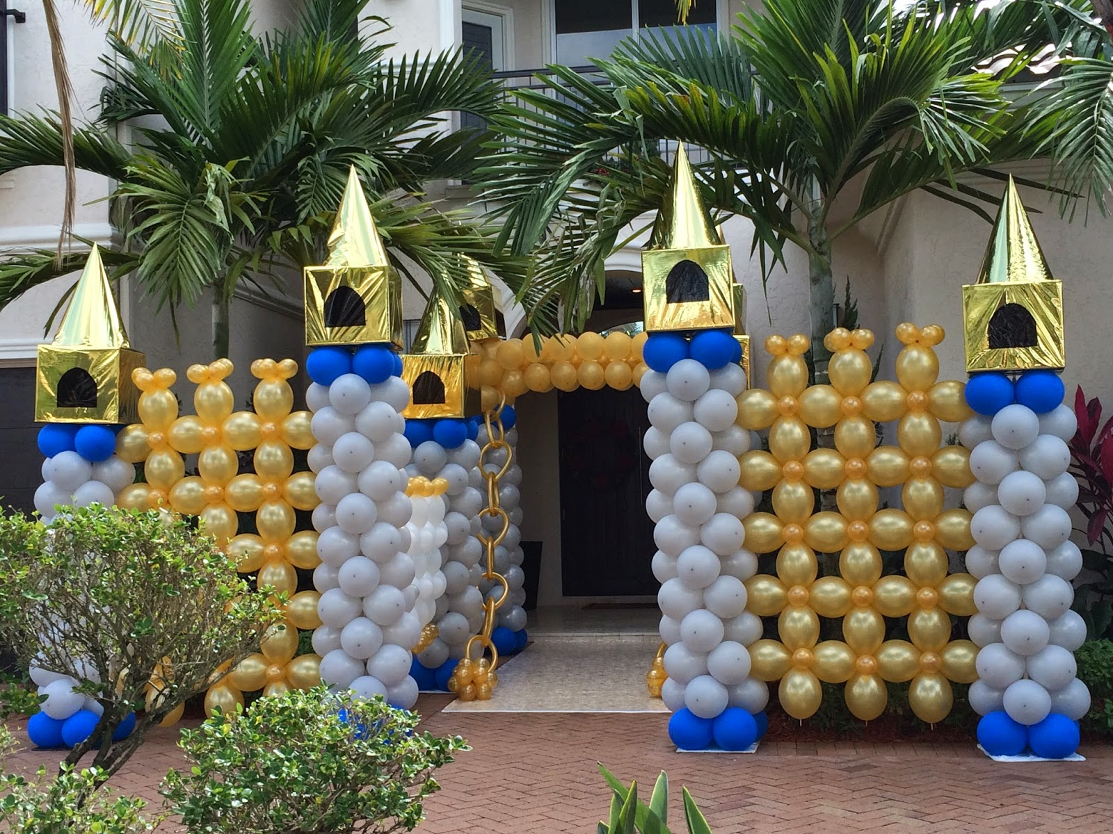 Prince party castle balloon sculpture