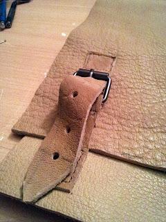 Fermeture du sac en cuir