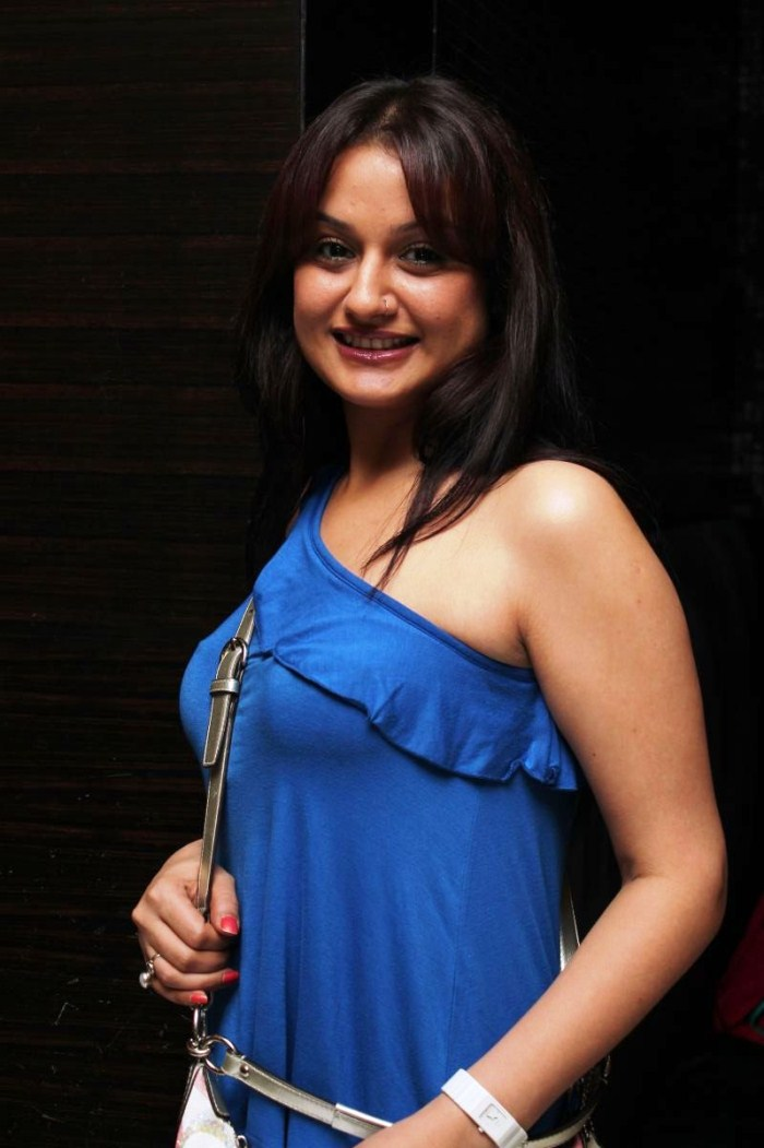Indian Girl Sonia Agarwal Without Makeup Face