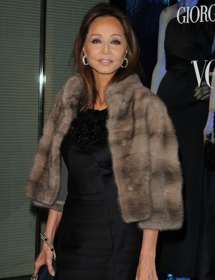 Isabel Preysler in a saphire mink fur jacket.