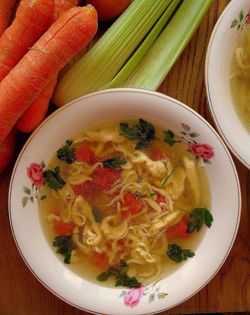 Lane kluski / Polish 'Poured' Noodles